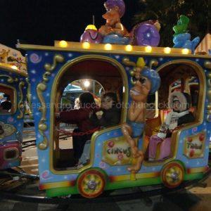 reportage lunapark Cagliari giostra bambini